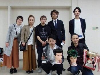 セラヴィ ヘアーサロンの写真/【東広島/西条】全国大会出場経験あり!!実力派スタイリストが揃うセラヴィ☆トータルで美をご提供…