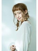 プール(POOL)短めぱっつん前髪と☆秋のモカージュカラーとアレンジスタイル☆