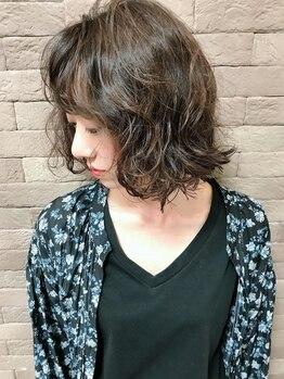 アリレイナ 横須賀中央店(ARIREINA)の写真/髪に優しくダメージレスなデザインカラー♪あなたの魅力を最大限に引き出す、本当に似合うカラーがココに…