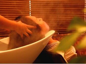 スリル ヘア アンド ネイル デザイン 恵比寿店(sulir hair and nail design)の写真/女性Staffが担当する極上ヘッドスパ☆『EraL(イラール)SPA』で髪と頭皮のエイジングケアを叶える♪