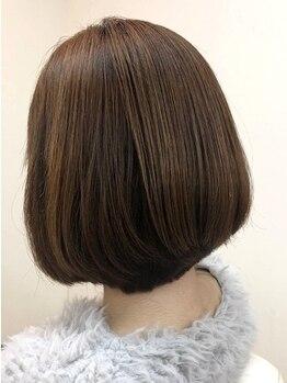 ブーム ヘアー みなみ野店(BooM hair)の写真/【大人髪をいたわる】ダメージを最小限に抑えながら美しい色味をKeep◎繰り返すグレイカラーにもおすすめ♪