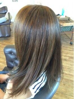 ダ ルッシュ ゼロワン オブヘアー(da RUSH 01 of hair)の写真/【ママに人気なサロン】お客様1人1人を大切にし、しっかりカウンセリング。理想のカラーに仕上げます☆