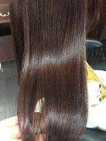髪の美院 シャルマン ビューティー クリニック(Charmant Beauty Clinic)ピンク系ツヤ髪