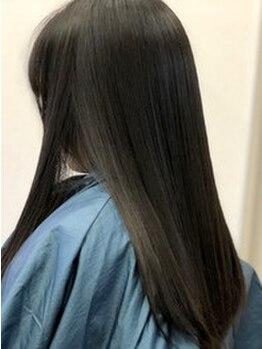 サロンドボーテ(SALON DE BEAUTE)の写真/【新規】カット+縮毛矯正¥15120→¥12096★繰返す程に蘇る究極の縮毛で、うるツヤストレートへ大変身♪