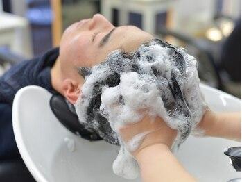 """kamingの写真/《kamingオススメ》""""アロマスパ極上""""頭皮診断とアロマオイルを使い、血行促進マッサージで男を磨く。"""
