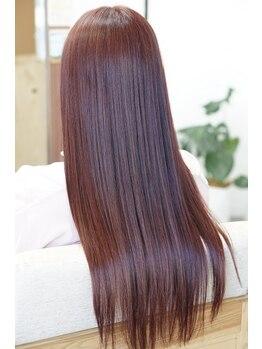 リングバイモアムー(Ring by Moremuu)の写真/<傷まない髪質改善縮毛矯正+カット¥15120>まっすぐ過ぎないナチュラルな艶ストレートヘアを手に入れて♪