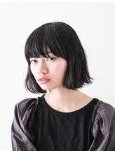 ファムアトリエ(femme atelier)くせ毛風ボブ+インナーカラーでポイントでダークグレー