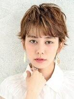 パティオン(PATIONN)ミックスカラーの外ハネベリーショートレイヤースタイル☆