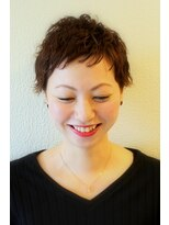 ジル ヘアデザイン ナンバ(JILL Hair Design NAMBA)外国人風ショートパーマ