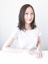トレパルッキエーレサカイ(tre parrucchiere sakai)[-tre-] エアリーパーマ