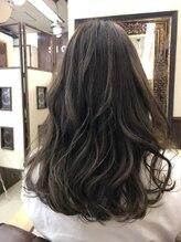 ヘアーアート シオン(Hair Art Sion)重めスタイルをハイライトで軽やかに☆