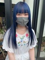 ヘアー アイス ルーチェ(HAIR ICI LUCE)ブルーブラック ブルー 姫カット スーパーロング 担当城倉