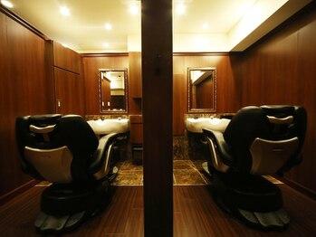 ヒロギンザ 池袋 サンシャイン通り店(HIRO GINZA)の写真/お洒落メンズ御用達の極上サロン【ヒロ銀座】!自分だけの時間が過ごせる個室空間でリラックス◎[池袋]