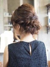 ノエル ヘアー アトリエ(Noele hair atelier)
