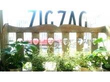 ジグザグ(Zigzag)の雰囲気(幅広い世代の方にご利用いただいています.)