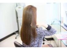 ネオリシオストレートで やわらかく、扱いやすい自由にデザインできる髪へ。