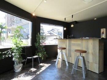 ログ(.6 ROGU)の写真/【松山】理容室でも美容室でもない髪と頭皮を全面サポートする2席のみのヘッドスパ&グルーミングサロン!
