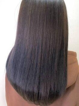 ラバーズ MEGAドン・キホーテUNY小牧店(LOVERS)の写真/【MEGAドン・キホーテ2階】くせ毛・うねり、ダメージによる広がりが気になる方に。「縮毛矯正」もご用意◎