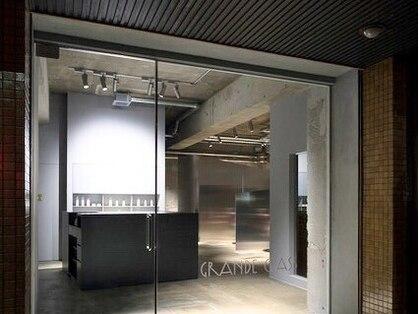男性専門の個室型美容室 グランデ クラス(GRANDE CLASS)の写真