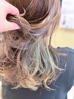 ヘアーメイク リボーン ムーヴ(hair make re:bbon move)インナーカラー×シフォン
