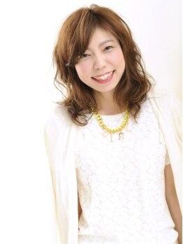 ヘアーメイク キューブ(Hair Make CUBE+)の写真/【デザインカラー ¥8424→¥7582】人気のライムブラウン。透明感とハイライトで動きと束感を演出☆