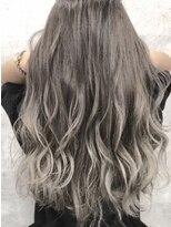 ヘアメイク アプト モカレーベル(HAIR MAKE apt mocalabel)ホワイト系グラデーション