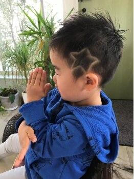 ヘアーメイクロータス(HairMake Lotus)の写真/【キッズスペースあり】たまにはママもゆっくりしたい!ファミリーでのご利用も大歓迎☆