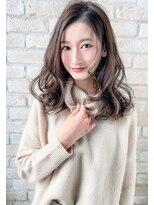 ボニークチュール(BONNY COUTURE)かわいい大人のための巻き髪スタイル・大人セミロング・30代ヘア