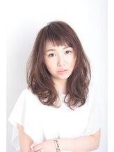 サロンドベル(Salon de Belle)☆透明感が柔かさを生むふわっツヤセミディ☆