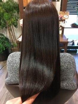 グラシア ヘア(gracia hair)の写真/人気No.1の縮毛矯正《ケラチンケアストレート》は縮毛矯正を繰り返したダメージ毛をケア&ツヤやかな美髪に!