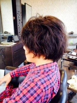 ヘアラウンジ チェルシー(Hair lounge CHELSEA)の写真/≪男性も高リピート率◎≫モダンで落ち着いた雰囲気で、ゆっくりとリラックスした時間をお過ごしください◇