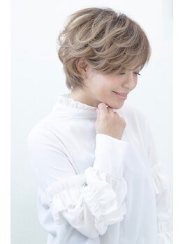 """ヘアーメイク ラグズ(Hair Make Luxtz)の写真/技術があるから提供できる""""すきバサミ不使用のカット""""☆髪への負担を抑えおさまりの良いスタイルに!"""