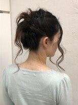 ヘアーライズ 池袋東口店(hair RISE)編み込み毛束垂らすバージョン