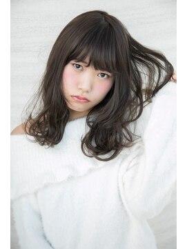 松本平太郎美容室 青山店今ドキ!女子はゆるふわフェミニンスタイルで