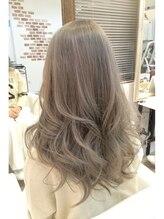 ヘアーサロン ドットトウキョウ カラー(hair salon dot.tokyo color)パール感たっぷりシルバーアッシュダブルカラー