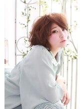 ヴィーブヘアー 六甲道店(VIB hair)軽さと柔らかさをプラスしてカジュアルとフェミニンを両立