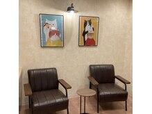 髪福の雰囲気(待合室も広々ゆったり空間です。)