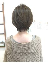 ヘアーデザイン アコースティック(Hair Design ACOUSTIC)首がキレイに見えるショートスタイル