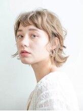 アース 上野店(HAIR&MAKE EARTH)ふんわり波ウェーブショート【上野】