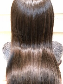 グランドール(Grandoll)の写真/口コミ580件以上&平均評価4.8☆ダメージ補修しながら髪質に合わせて、未来の髪質を創る【Aujua】導入!