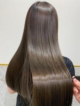 リラ バイ コスト(Lilas by costes)の写真/全国で限られた店舗のみ扱えるプレミアムミネコラ認定サロン!カスタマイズも可能で究極の艶髪が手に入る♪