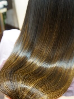 タイガ 上野御徒町(TAIGA)の写真/ブリーチ、カラー、アイロンで傷めてしまった髪を艶髪に髪質改善☆【上野/上野 御徒町】