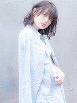 インシ(h&m insi)【insi松永】大人可愛いセミウェット×ラフミディ