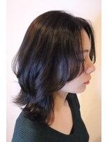 ヘアーグルーミング アイム(Hair &Grooming aim)【レディースカット】ミディアムレイヤー&ツヤアッシュ