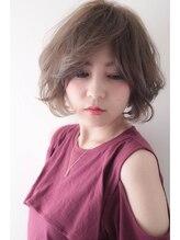 リアン(Lian)ふわふわショートボブ×明るめネイビーアッシュ【by Lian 畠山】