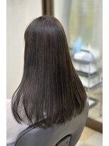 ハートフル(hair salon HEART FULL)やわらかい質感のストレートスタイル