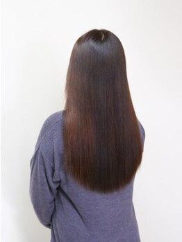 ギャルソン(GALSON by felice)の写真/キレイが持続する♪白髪染め革命《ザクロペインター》でダメージ軽減!ハリコシUP!敏感肌の方にも◎