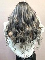カルフール ロコ 草加西口店(Carrefour LOCO)明るい髪に飽きたらカラーシールエクステ