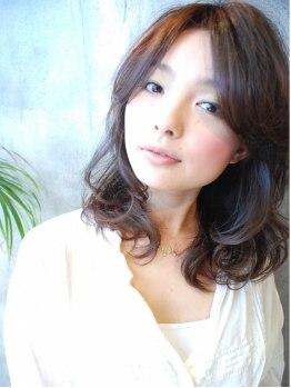 カットルームカラー 浜松天王店の写真/綺麗に染めたいけど、真っ黒はいや!そんな時はプロにお任せしちゃいましょ♪カット+リタッチカラー¥2900