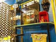 ピンゾロ 中目黒店(PINZORO)の雰囲気(オーナーこだわりのディスプレイ)